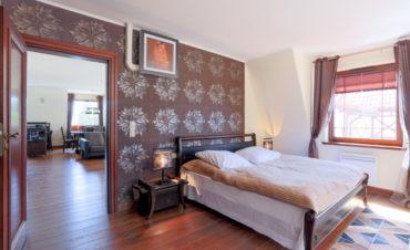 5_luksusowy-apartament-w-krynicy-morskiej_900x700